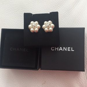 Chanel Authentic Stud Earrings w/ Pearl &Silver CC